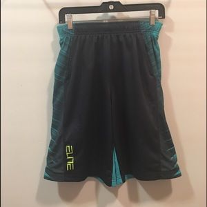 Nike Elite men's basketball shorts size L